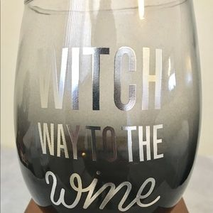 """Witch Way to the Wine"" Halloween Glass"